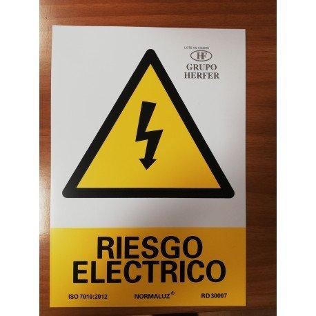 SEÑAL DE PELIGRO RIESGO ELÉCTRICO